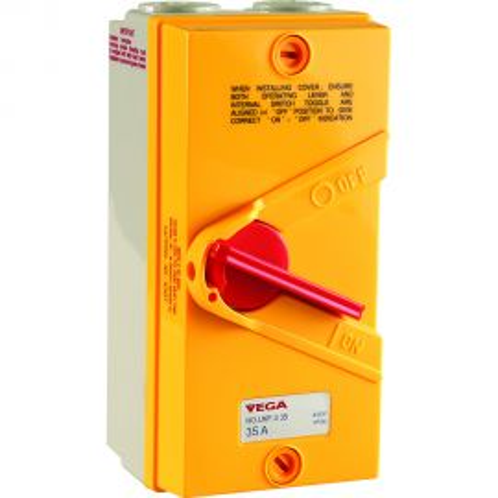 מפסק בטיחות בקופסא עם ידית מנוף 35A 4P